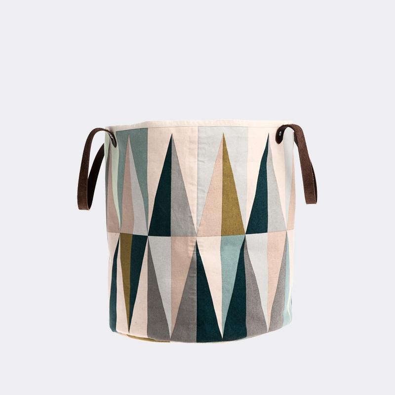 lidor spear basket. Black Bedroom Furniture Sets. Home Design Ideas