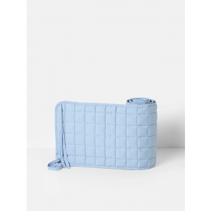 Hush Quilted Bed Bumper Light Blue van Ferm Living