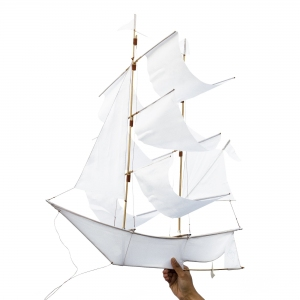 Sailing Ship Kite White van Haptic Lab
