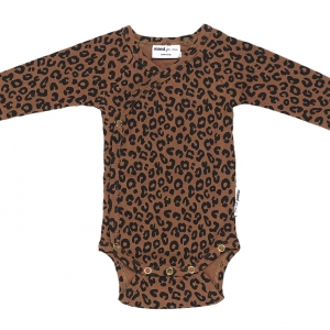 Chocolate Leopard Newborn Overslagromper van Maed For Mini