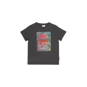 It Runs In The Family T-Shirt van Maed For Mini