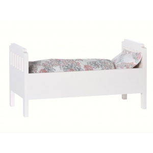 Bed Small Off White van Maileg