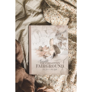 The Forgotten Fairground Book In English van Mrs. Mighetto