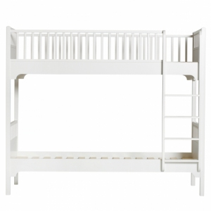 Seaside Classic Beds - Classic Bunk Bed With Vertical Ladder van Oliver Furniture