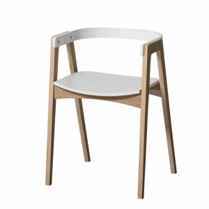 Wood Armchair van Oliver Furniture