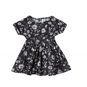 Midnight Floral Kat T-Shirt Dress  van Rylee & Cru